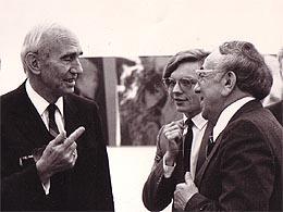 Bundespräsident Rudolf Kirchschläger im Gespräch mit Leon Zelman