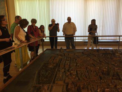 Studiengruppe vom Holocaust Education Centre Toronto im Wien Museum