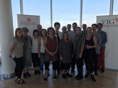 Studiengruppe vom Holocaust Education Centre Toronto beim Empfang durch die VIG